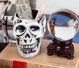Cary Antiqued Skull Mug